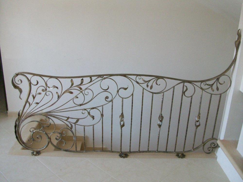 rampes d 39 int rieur en fer escaliers en fer forg garde corps pour escalier pag 2. Black Bedroom Furniture Sets. Home Design Ideas