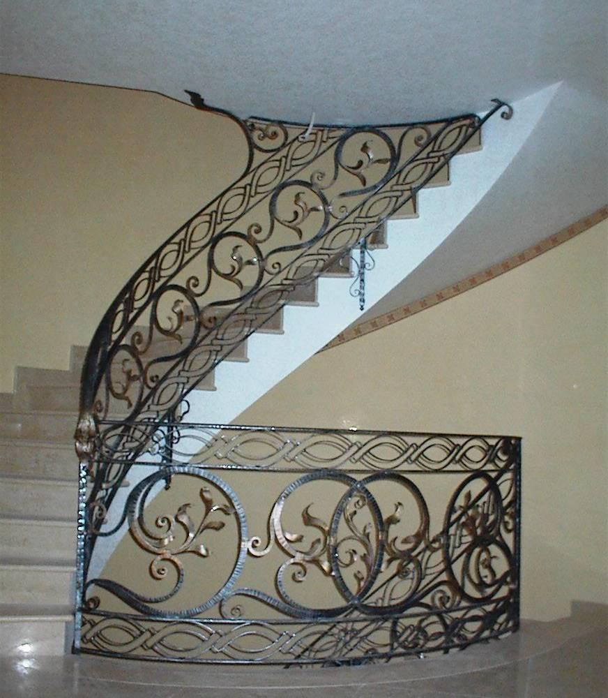 Rampes d 39 int rieur en fer escaliers en fer forg garde corps pour escalier pag 3 Garde corps en fer forge pour escalier