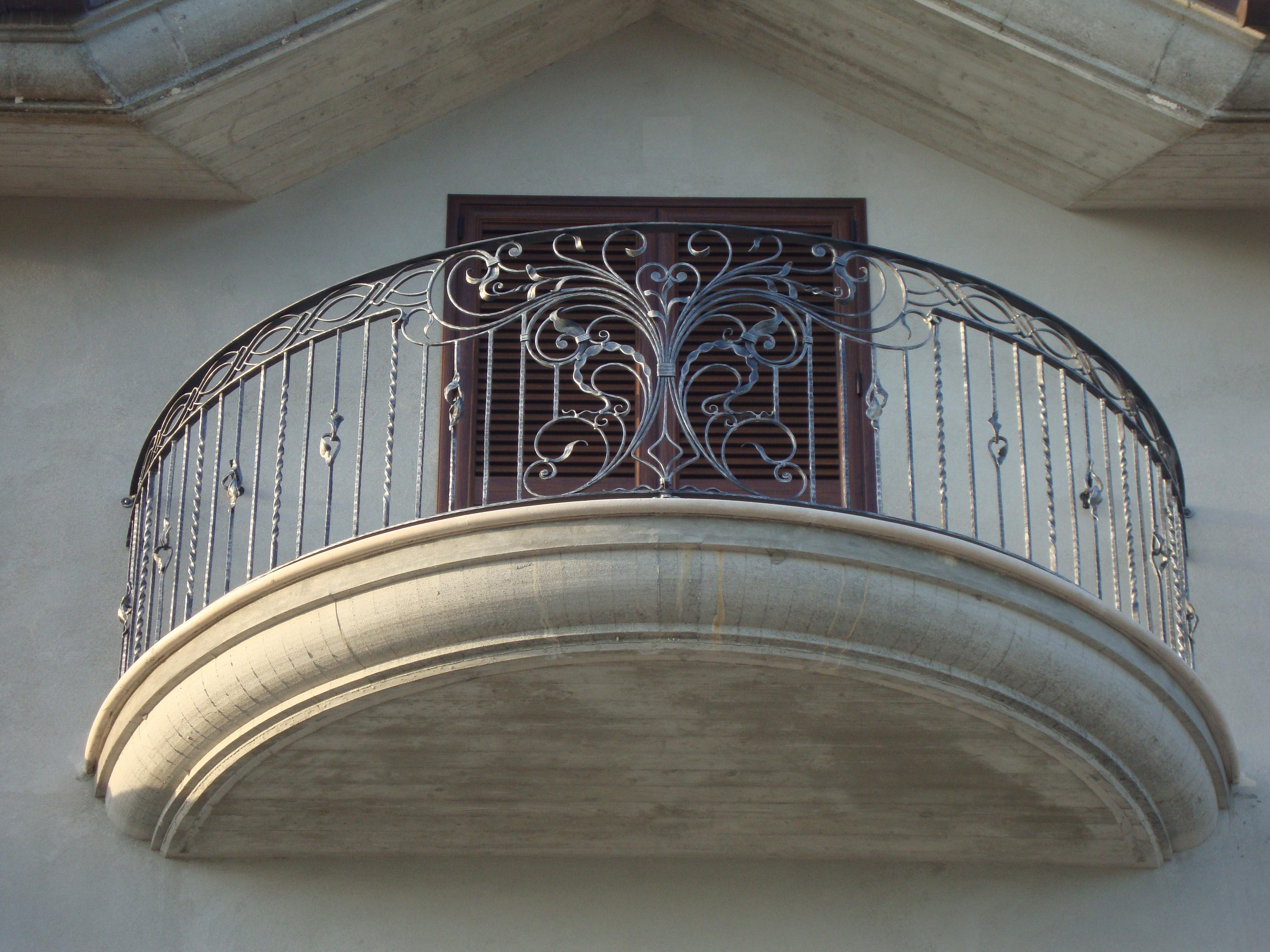 Balcon en fer forge picture for Fer forge balcon