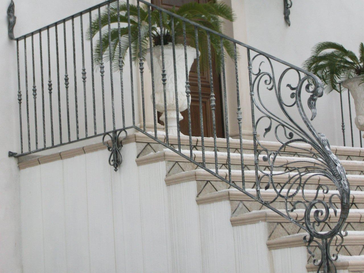 rampe en fer forg martel garde corps pour terrasse d 39 ext rieur pag 2. Black Bedroom Furniture Sets. Home Design Ideas